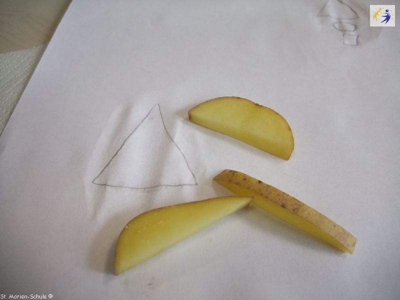 14-11-potato-stamping-05
